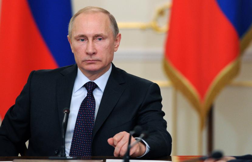 Президент России Владимир Путин продлил нерабочие дни до конца апреля