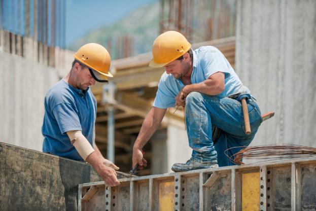 Установлен среднемесячный размер оплаты труда в строительстве Астраханской области